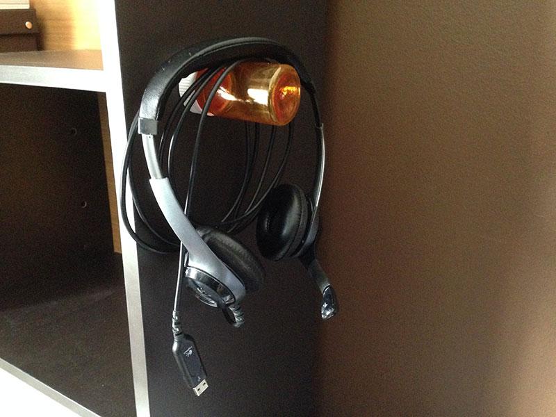 headphones8
